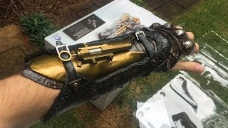 Honest Review: Assassin's Creed Syndicate Gauntlet Replica (Full Unboxing and Demo)